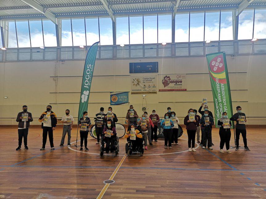 Participantes do Curso de Formação de Árbitros e um Torneio de Polybat